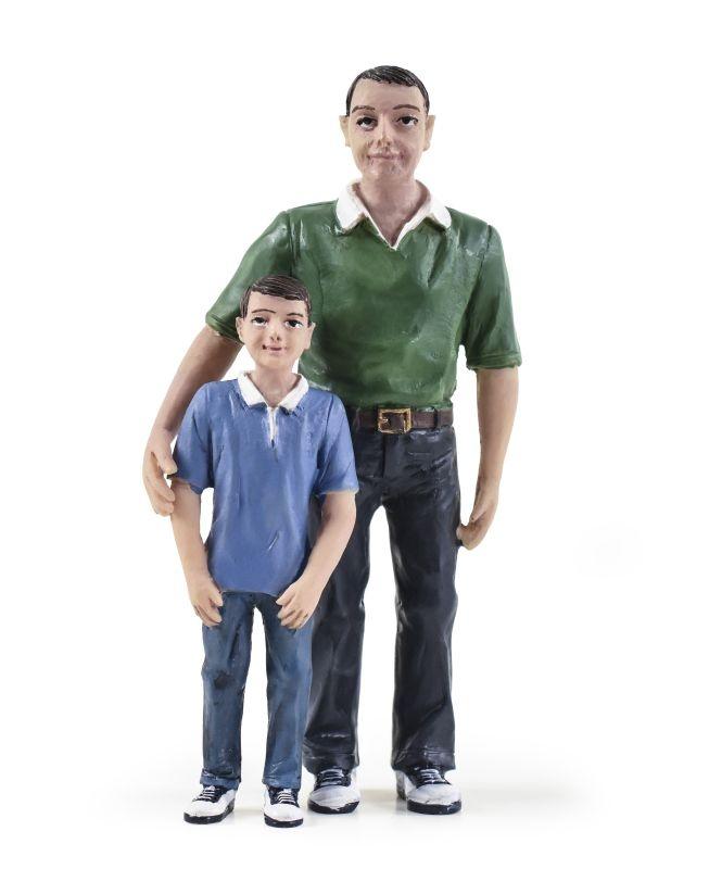 Vater und Sohn, Figuren, Spur G