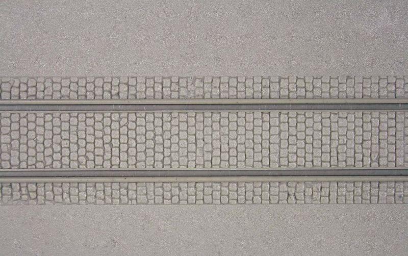 Straßenplatte mit Gleiskörper, L 20 x B 12 cm, Spur H0