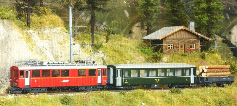 Zugpackung Berninabahn mit Berninatriebwagen, RhB, Spur H0m