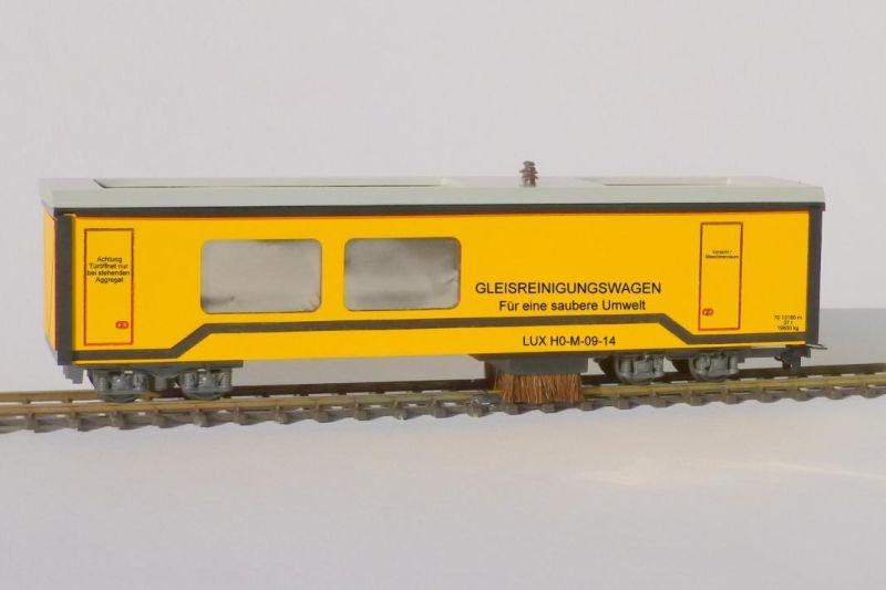 Gleisstaubsaugerwagen mit SSF-09 Steuerelektronik, H0m