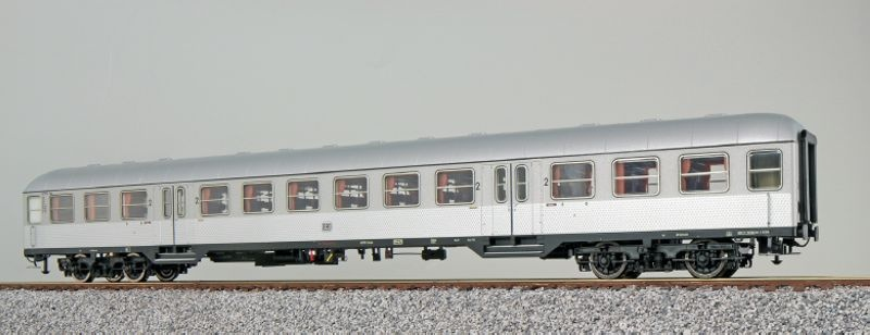 n-Wagen Silberling AB4nb-5 1./2. Kl. silber DB, DC, Spur H0