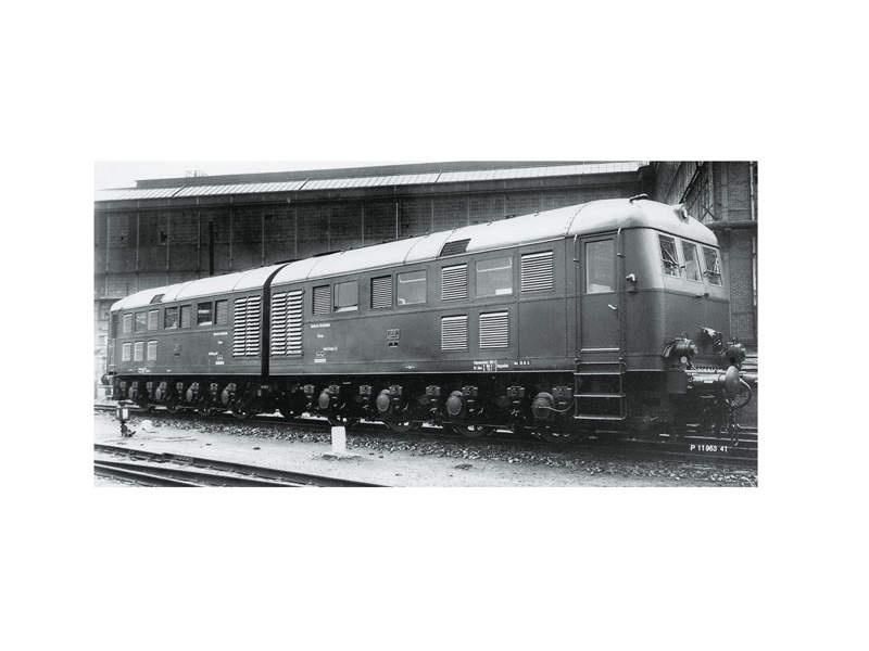 Doppel-Diesellokomotive D 311.01 A/B V 188 DRG mfx Spur 1