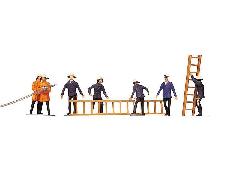 Feuerwehrleute mit Zubehör 7 Figuren H0
