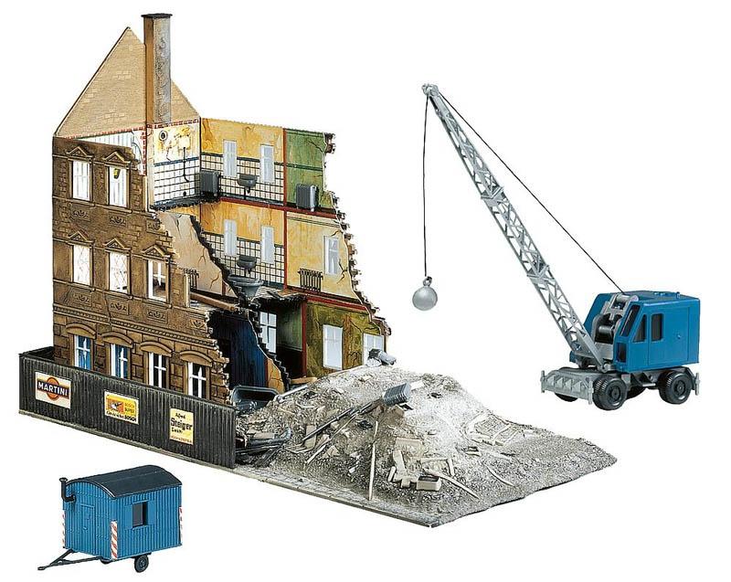Abbruchhaus mit Bagger Bausatz H0