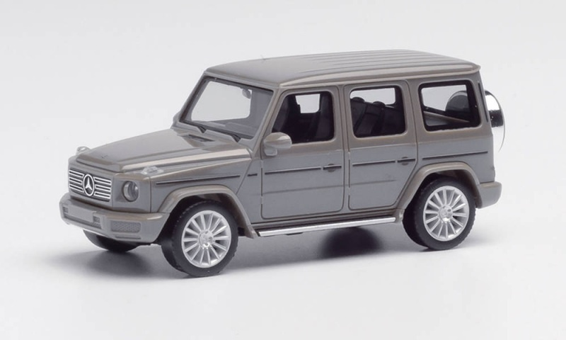 Mercedes-Benz G-Klasse mit AMG-Felgen, classicgrau, 1:87