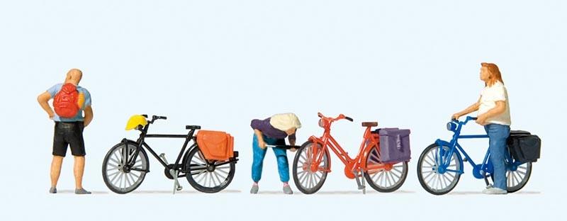 Radfahrer stehend, Reifen aufpumpend, kurze Pause 1:87 / H0